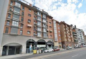 nave / local en venta en zona de ofelia nieto, valdezarza, moncloa, Madrid